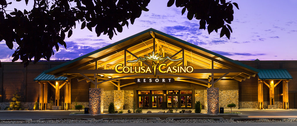 Twilight photo of Colusa Casino Resort well lit