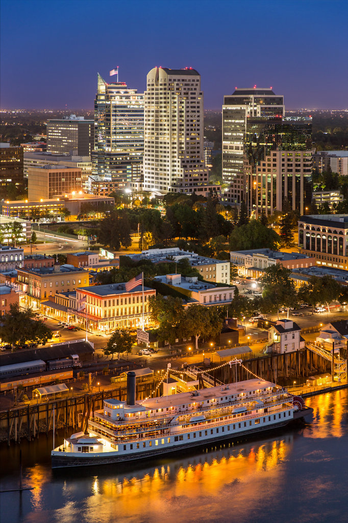 Birdseye view of Sacramento at night
